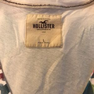 hollister. large. t.